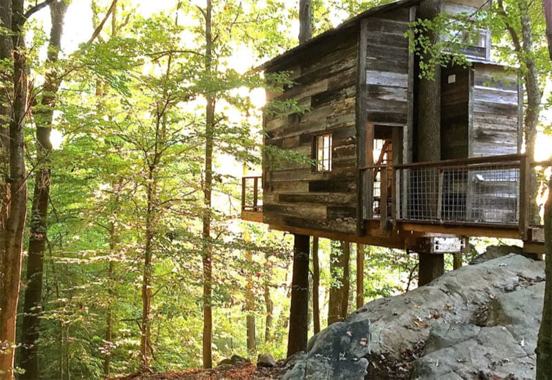 The 24 best airbnb cabins in north georgia for Large cabins in north georgia mountains